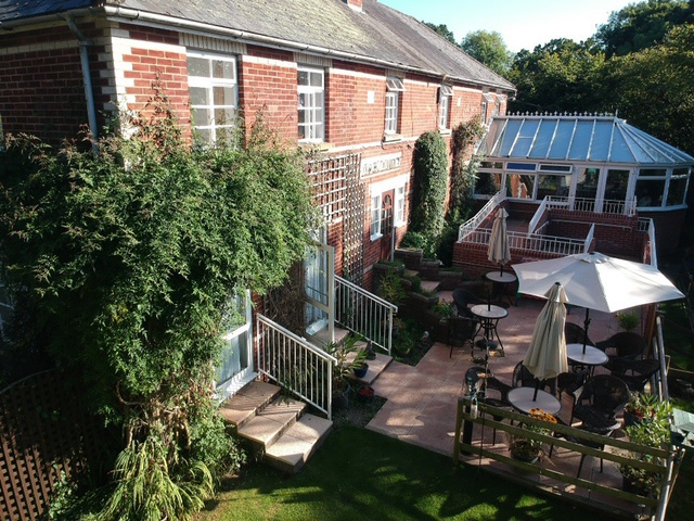 A sunny day in the garden at Oak Mount Care Home